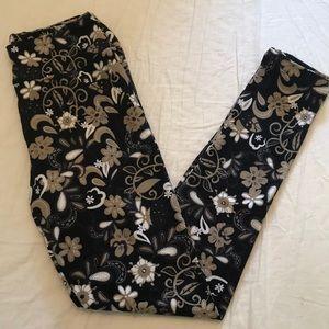 LuLaRoe OS One Size Leggings Floral Paisley